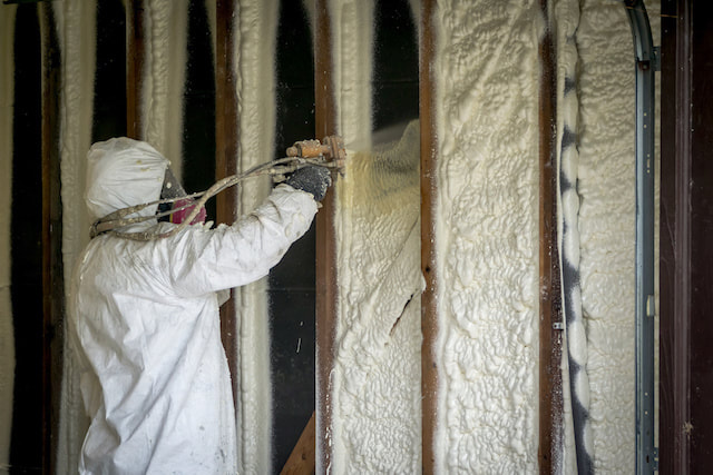 cost of spray foam insulation salem